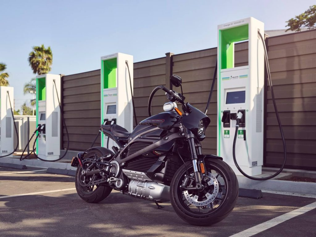 livewire-fast-charging