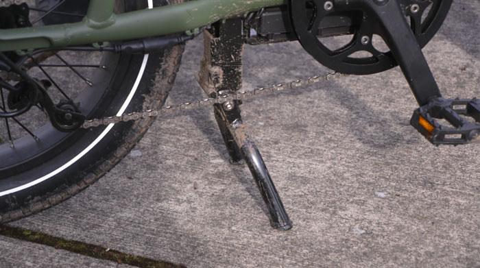 rad-runner-ebike-center-stand